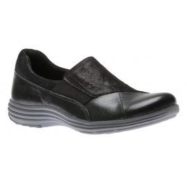 Beaumont Gore Black Leather Slip-On