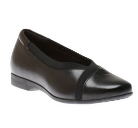 Un Darcey Ease Black Leather Flats