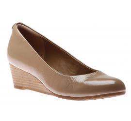 Vendra Bloom Beige Patent Leather Wedge Heel