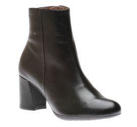 I6833 Boot Black